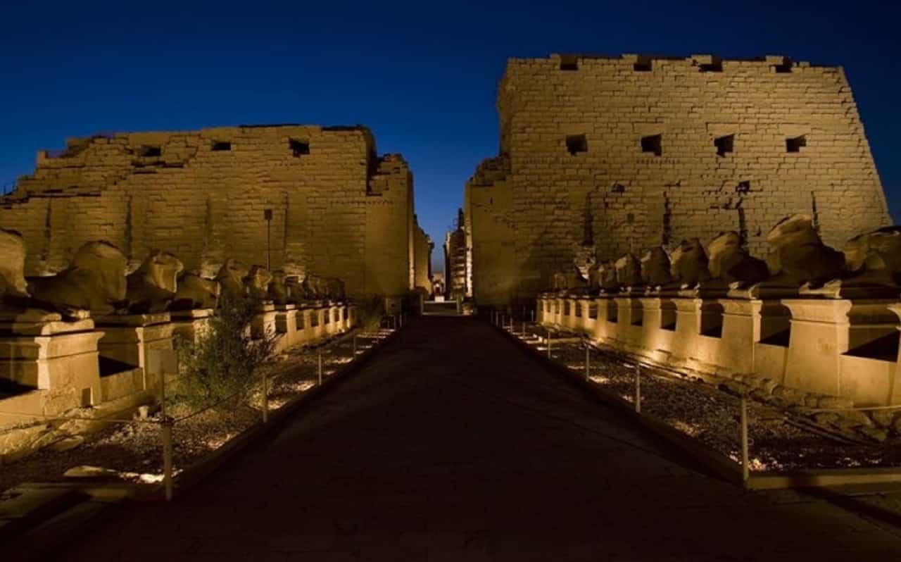 Ab Marsa Alam Zwei Tagesausflug nach Luxor